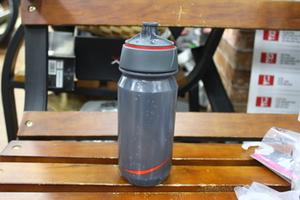 Tacx から ボトル入荷