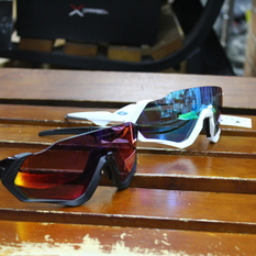 New!! OAKLEY  FLIGHT JACKET入荷です。